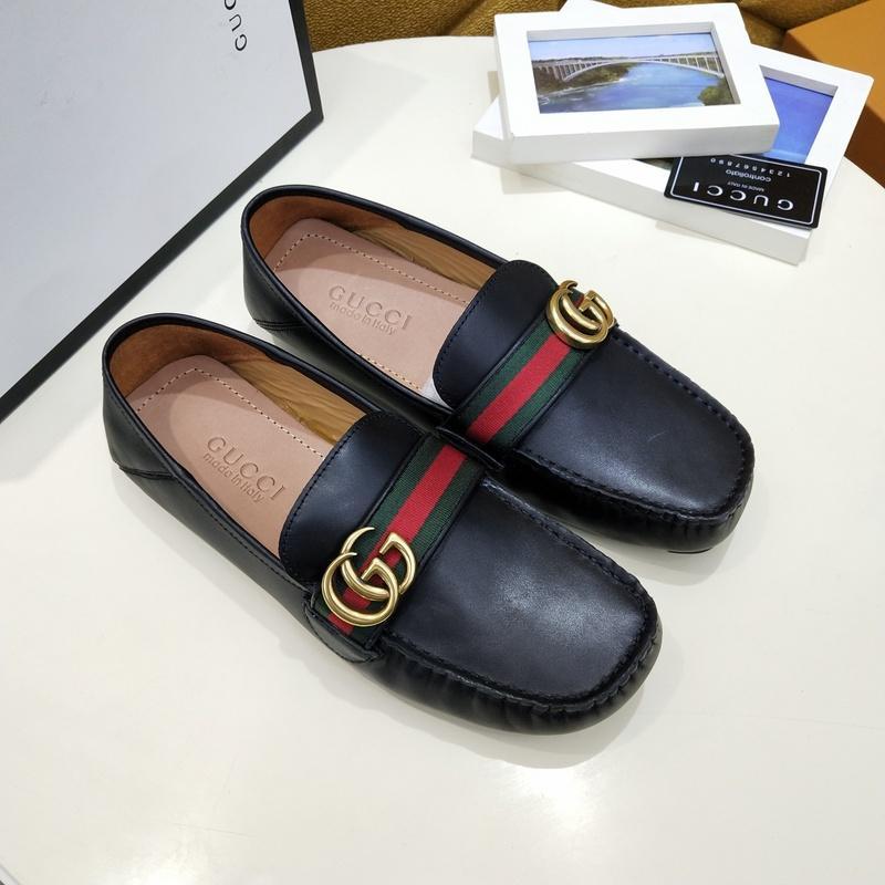 Zapatos de cuero de patente de calidad para hombres Zapatos de hombre de tamaño de cuero Negro suave del vestido del hombre zapatos de hombre plano clásico de Oxford