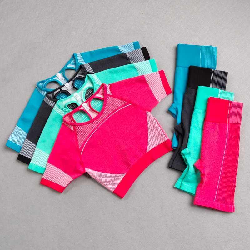 Vita alta Donne Sportwear Palestra short senza Set Yoga 2 pezzi Sport Suit Workout femminile vestiti camice mezzo di supporto Sport