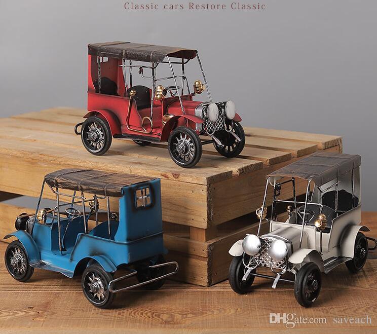 Vintage Metal Car Model - Retro Wecker Model Old Car Iron Art Artigianato Foto puntelli / Regalo di Natale / Home Bar Cafe Decor / Ornamento