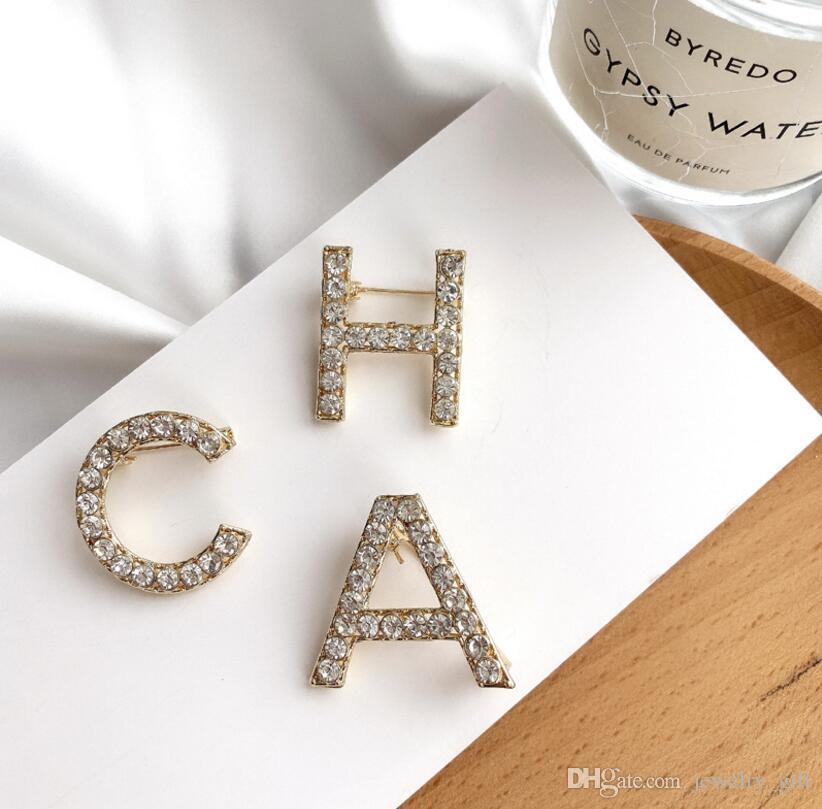 2020 новый английский алфавит горный хрусталь брошь прилива личности простой лидирующий женский свитер украшения корсажа с драгоценностями