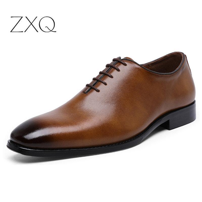 2019 Mais recente Homens Dress Shoes escritório de negócio Lace-Up Dress Shoes Men Couro Oxford para o tamanho grande