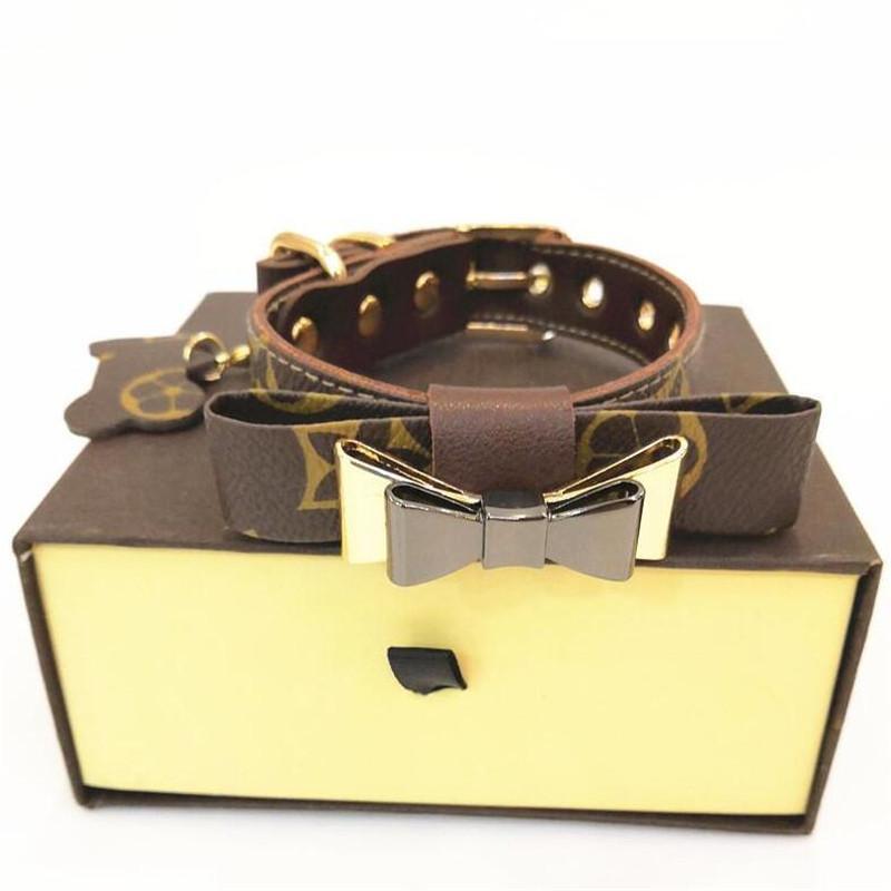 Últimas conjuntos de design coleiras para cães com Padrão Box Moda Impresso Teddy Schnauzer Colares presente de Ano Novo para coleiras para cães