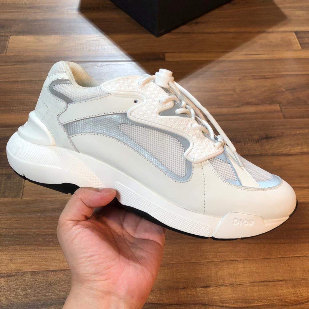 2020 luxo mais recente desportivo dos homens e sapatos de lazer resistente ao desgaste único lazer e forma simples e generoso all-around