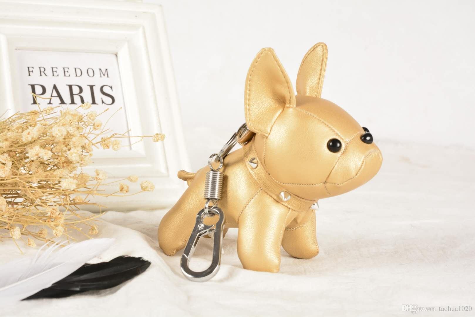 Designer luxury key chain fashion brand Europe and the United States hot dog key chain fashion car bag pendant gift box packaging