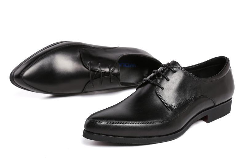 Sapatos de couro dos homens Couro Pointed Toe Pure Lace up formais Couro desgaste Trabalho Shoes Oxfords Chaussure Homme