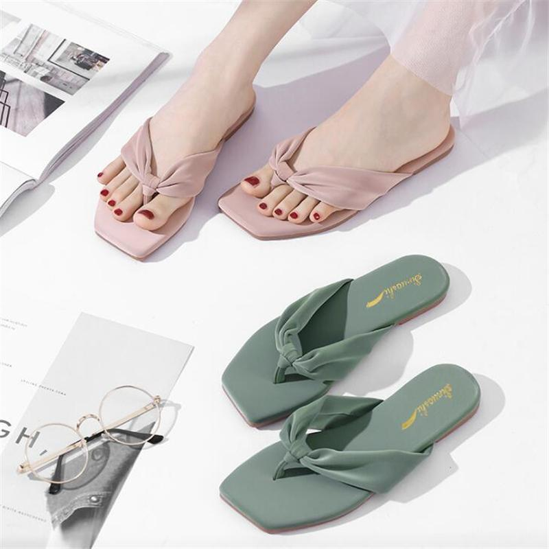Mulheres Chinelos Flip Flops Women Shoes Fashion Girl Verão Plano Feminino Ladies Casual Designers Chinelos