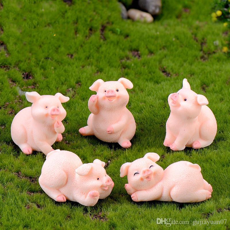 2pcs / lot XBJ248 Carino Pigs Micro resina Paesaggio imbarcazioni piccolo decorazioni Portachiavi Accessori Bambole 12 Zodiac Pigs