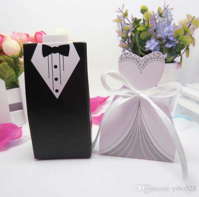 2019 Originalidade Caixa de Doces Bonito Preto Branco Terno Noivo Em Forma de Vestido de Casamento Caixas De Bombons de Casamento Decoração de Casamento