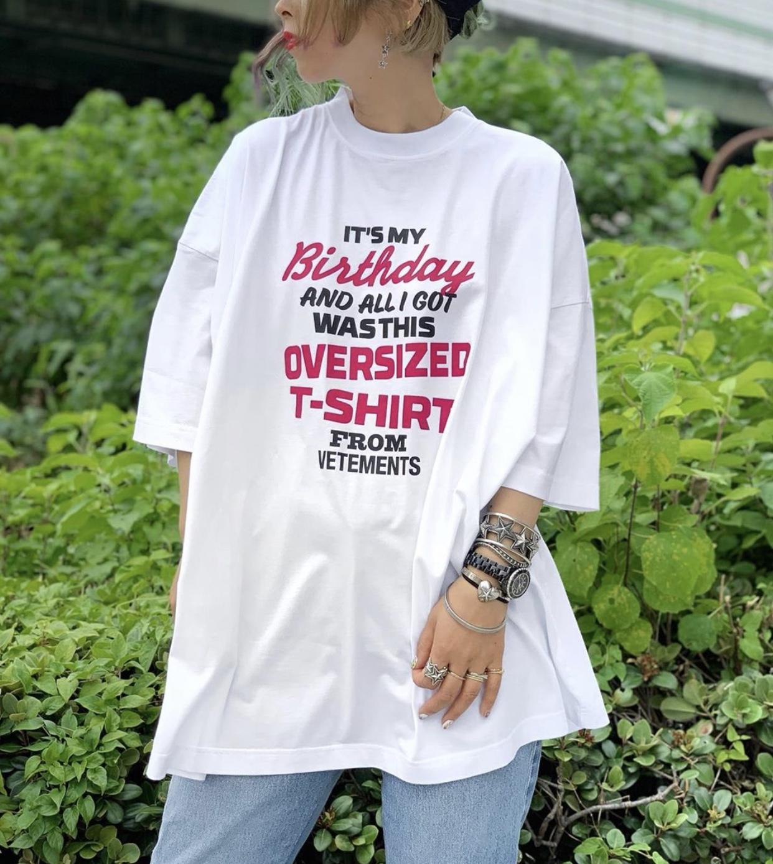 Chaud 20sses vetements anniversaire imprimé lettres décontractées manches arc-en-ciel mode hop shirt street street t-shirt été hip t-shirt de hanche coloré respirant pvvh
