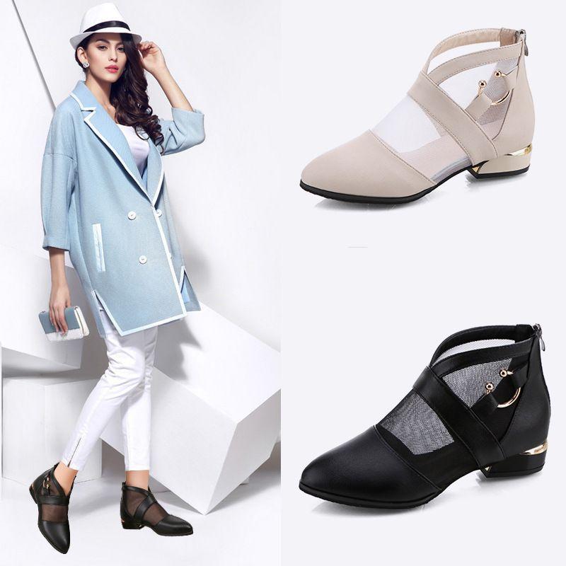 Overseas2019 Xia Xinkuan Baotou 샌들 한국어 Flat Bottom Sharp 단화 패션 여성 Cool Boots