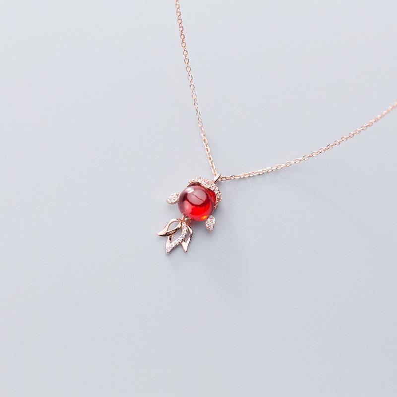 Kadınlar Lady kızı Hediye için 925 Gerçek Gümüş Sevimli Küçük Japon Balığı Garnet cz Rose Gold kolye kolye Güzel Takı