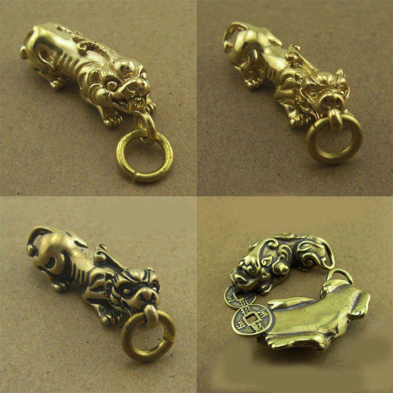 1pcs Retro ottone Portachiavi Ciondolo Catena rame puro Animal Car Key regalo donne degli uomini della vita Decor Belt Accessori da collezione