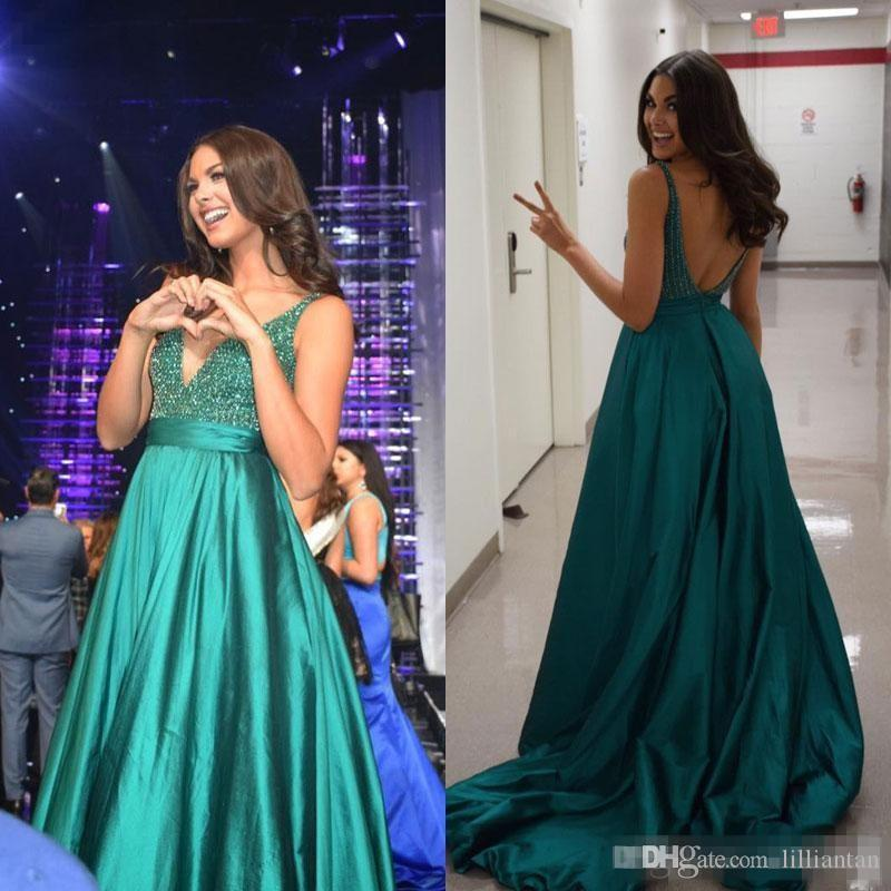 Green Deep V Neck Evening Dresses 2019 Sparkly Beaded Crystal Sexy Backless Sweep Train Pleats Formal Prom Party Gown Celebrity Dress M86