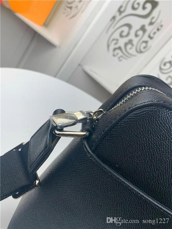 2020 431427Postman bag, classic college style, the material is very comfortable, double buckle design, adjustable shoulder straps.