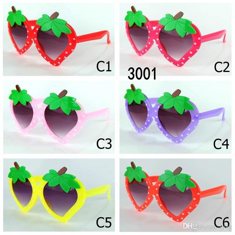Fashion Kid Sunglasses UV400 Strawberry Shaped Kid Sun Glasses Girls UV400 Baby Sun Glasses Cute Eyewear Shades Goggles