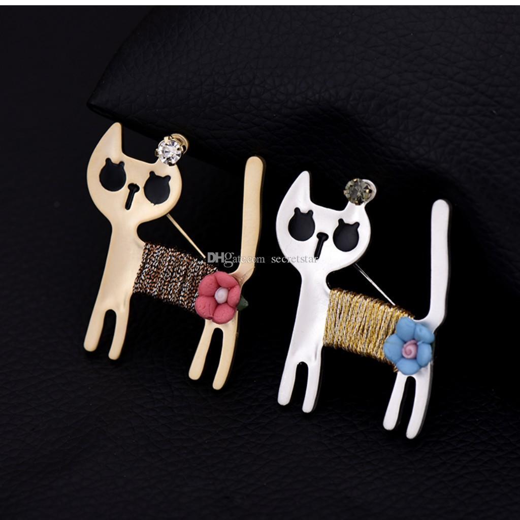gato bonito broche cartoon pequenos acessórios femininos casaco lapela pin casaco camisola broches ornamento