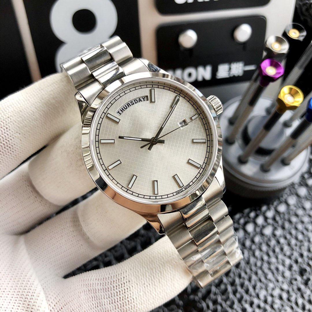 Luxo para Homem Relógios Miyota 8285 Movimento de pulso 40 milímetros Men cinta de aço inoxidável Relógios Relógios Casual Waterproof Luxo