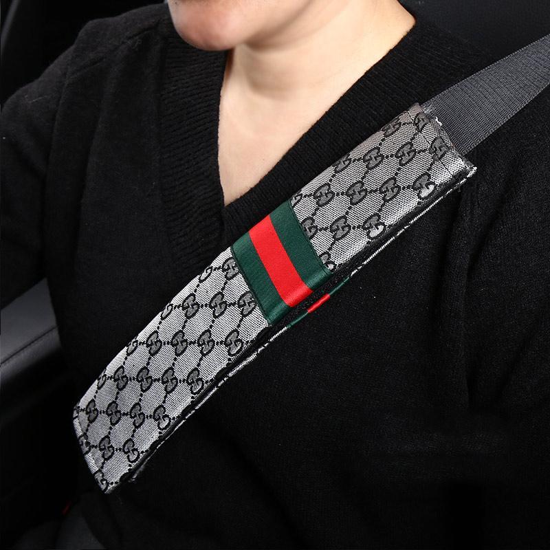 Universal Car Cintura di sicurezza rilievi della sede Tracolla Pad per adulti 2pc di copertura della Gioventù Kids Auto camion SUV Shoulderpad Protector cintura di sicurezza