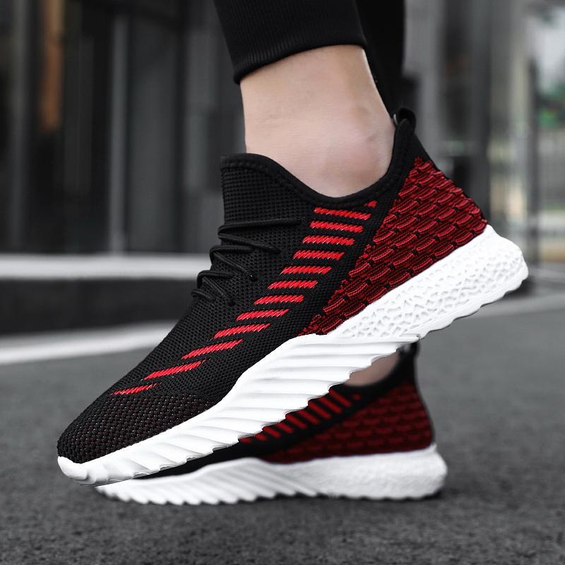 Günstige 2020 Laufschuhe für Männer Fliegen Frauen Mens Turnschuhe leichte Mesh Sport-Walking-Schuhe Herren Zapatillas Hombre
