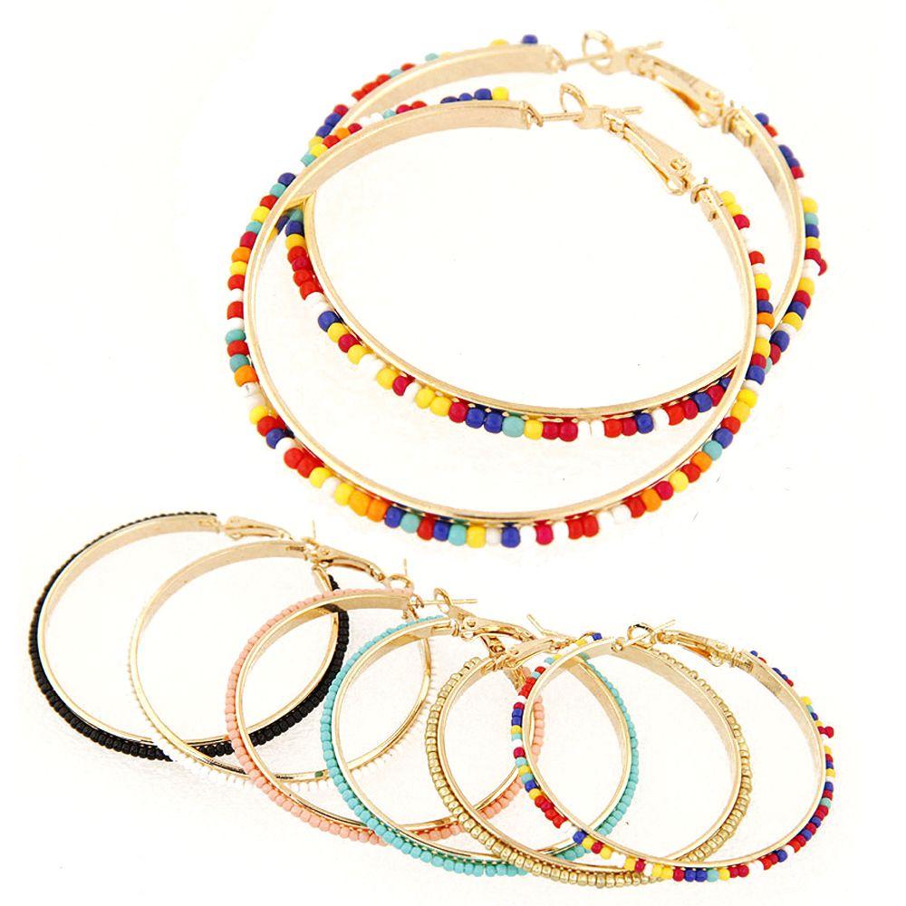 Granos de resina de colores de la vendimia pendientes de aro geométrico chapado en oro de la aleación pendientes grandes del círculo para las mujeres accesorios de joyería de moda al por mayor