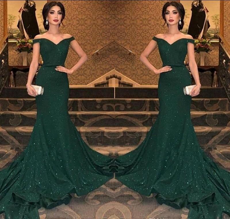2019 El más reciente Árabe verde oscuro con lentejuelas de la sirena de los vestidos de noche del hombro Fruncido longitud del piso vestido de noche partido del Prom Vestidos