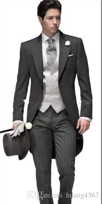New Morning Style One Button Grigio scuro Smoking da sposo Sposo picco Groomsmen da uomo Abiti da uomo Prom Blazer (Giacca + Pantaloni + Vest + Tie) 071