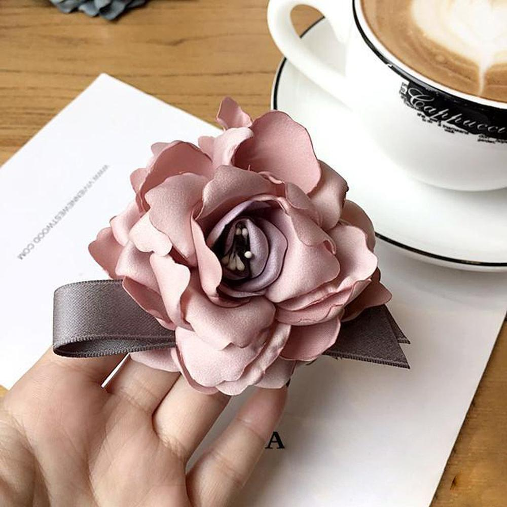 Simple Big Fabric Camellia Flowers Bow Imitation Pearl Brooches for Women Fashion Clothes Corsage Jewelry Accessories Wholesale