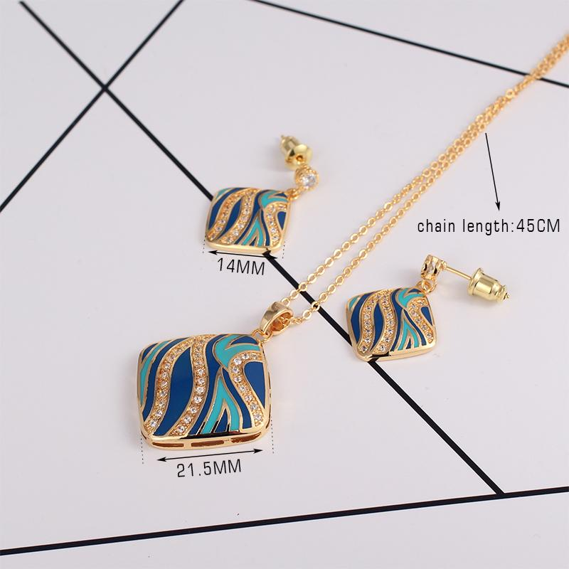 Exquisite Dubai Jewelry Set Luxury gold-color Wedding Jewelry Set Costume Design Necklace and earrings