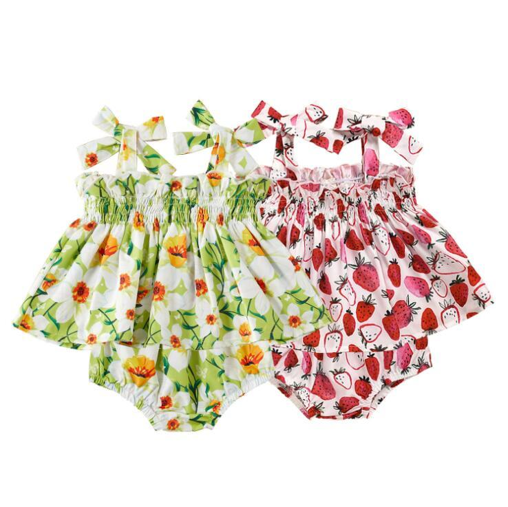 Детские девушки клубника цветочные печатные комплекты одежды дети лето бантом скольжения платье шорты костюмы Детская мода тройник платья PP брюки набор PY538