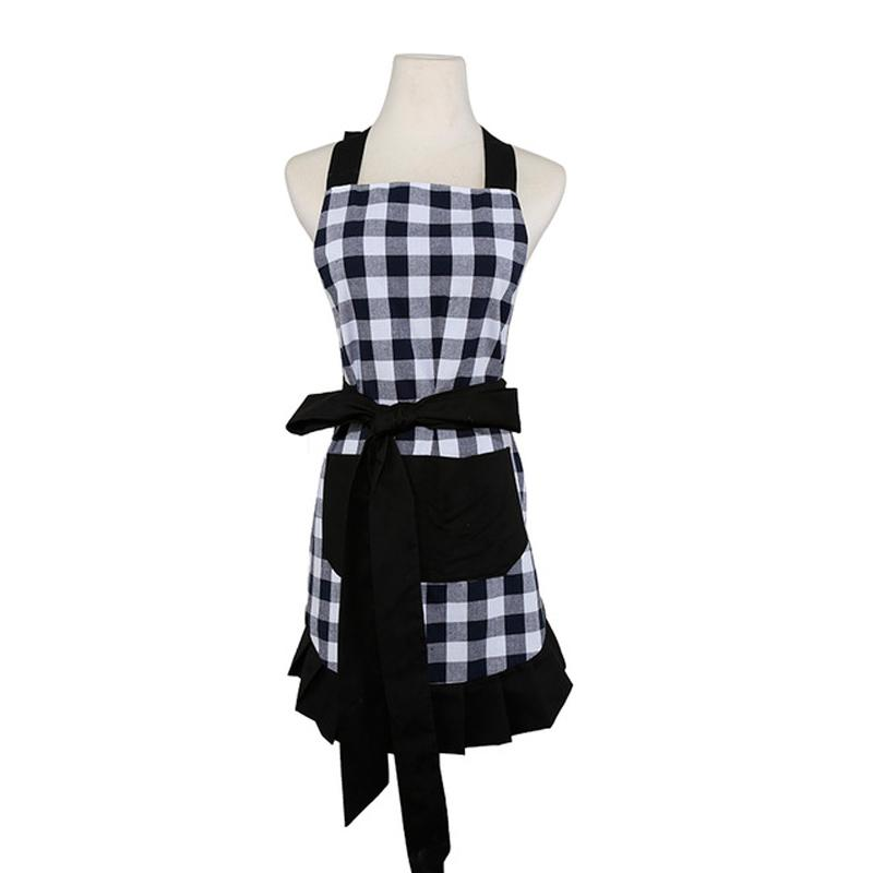 Woman Cooking Kitchen Apron Flirty Black White Checked Gingham Black Ruffled Cotton Avental de Cozinha Divertido Pinafore Apron