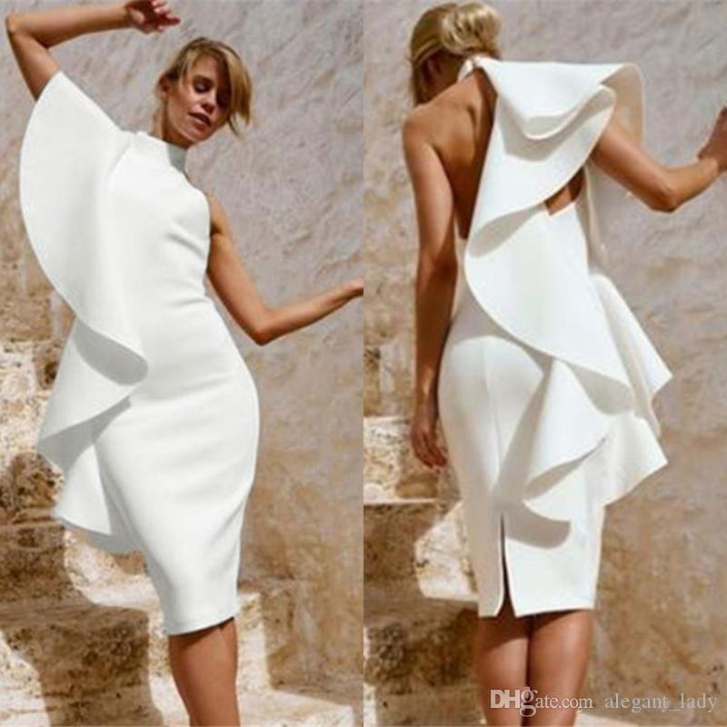 Sexy Alta Pescoço Branco Vestidos de Cocktail Fenda Na Altura Do Joelho 2019 Moda Ruffles Bainha curto Noite Vestidos de Baile Curto Mulher Bonita Vestido de Festa