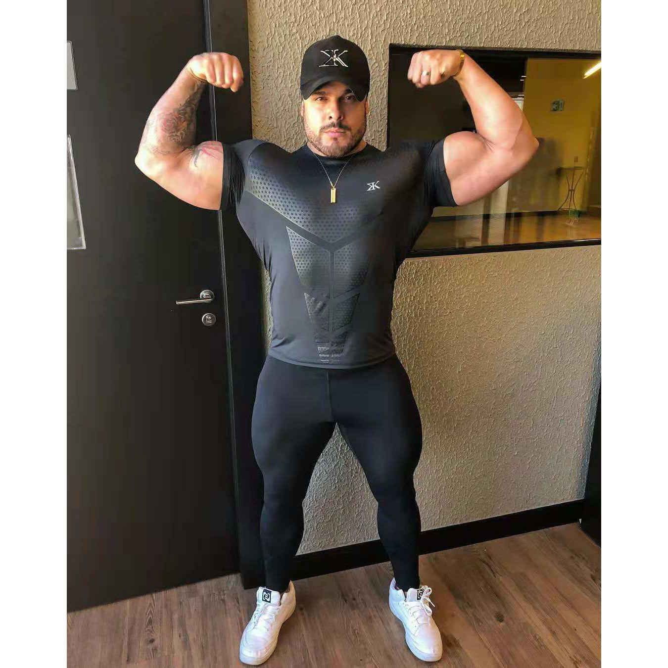 Мужская дизайнерская спортивная футболка с коротким рукавом мода тренажерный зал мышцы колготки одежда высокая эластичная тренировка быстросохнущие фитнес-тройники топы