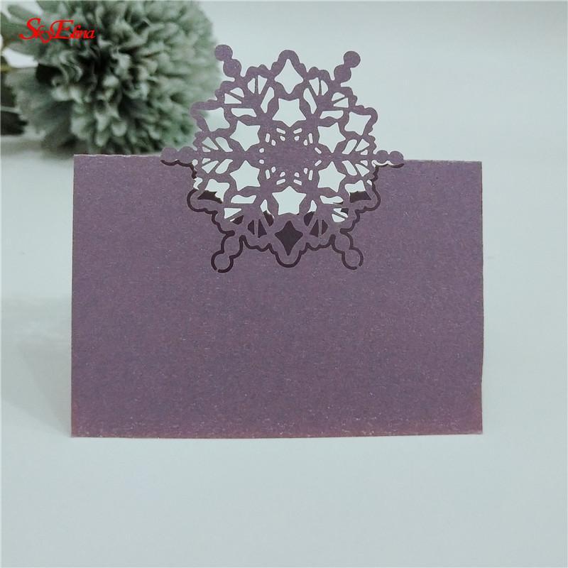 12 * 9cm 50pcs del banquete de boda del corte del laser de Navidad / favores y regalos de boda Nombre de la tabla tarjetas del lugar de la boda decoración de la tabla 7Z