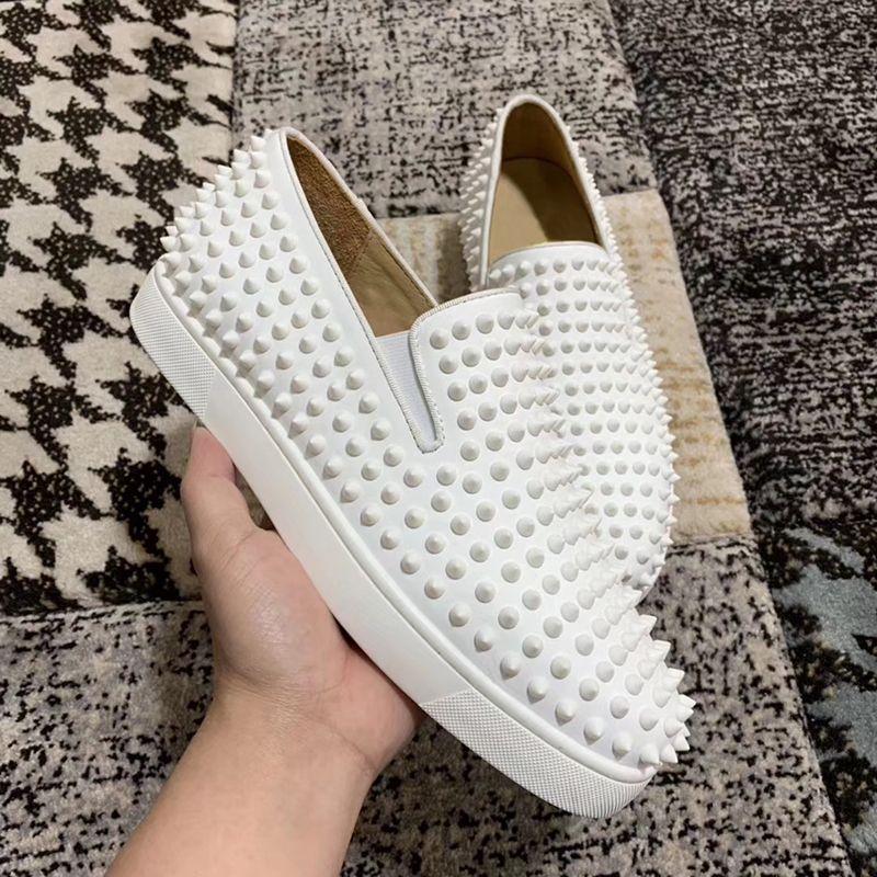 2020 nouvelles chaussures hommes d'aide en bas sports design de luxe et haut de gamme pour femmes partie cristal bas rivets en cuir chaussures rouges