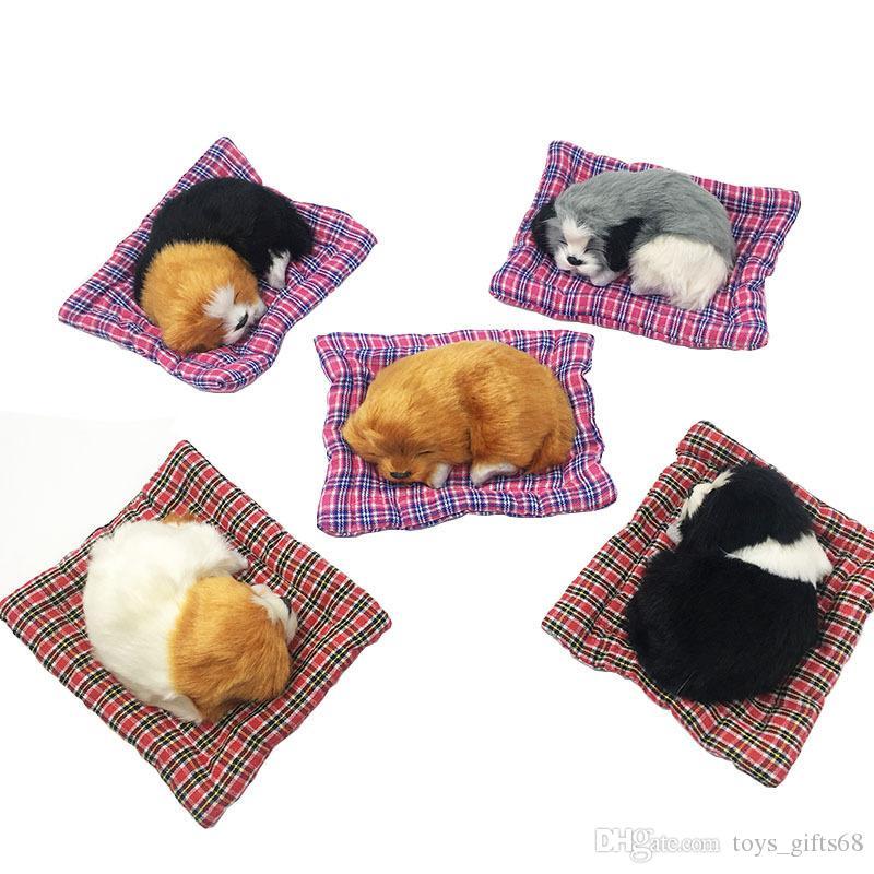 Decorazione di stoffa pappagallo cane carino simulazione con base peluche animale giocattolo creativo auto accessori per il cane giocattolo
