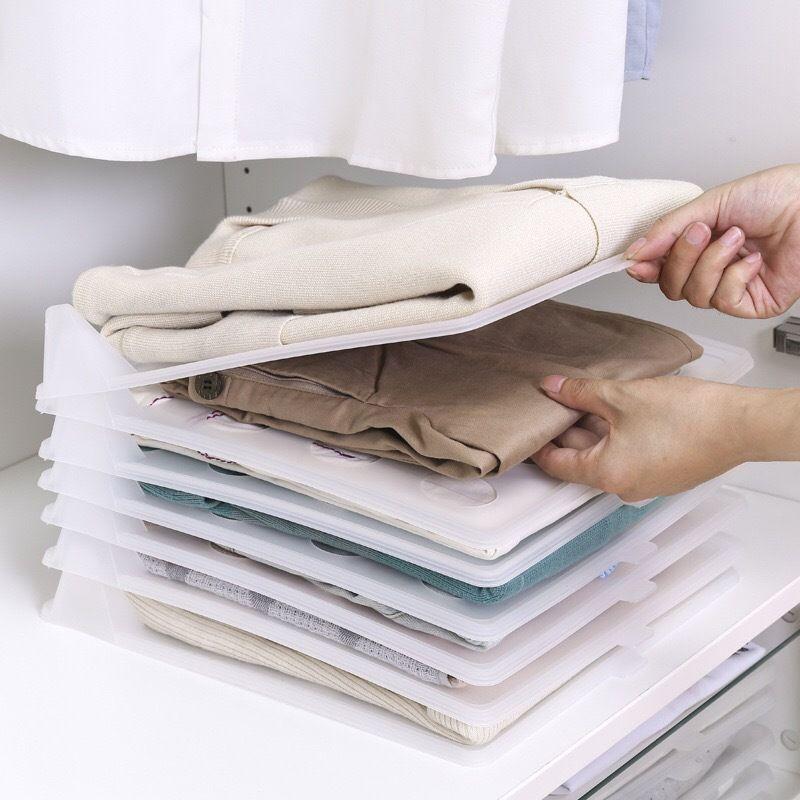 5pcs / lot camisetas Camisetas cabideiro Roupeiro Organizador Plástico Closet Drawer Organizer Gabinete Folding Board Armazenamento