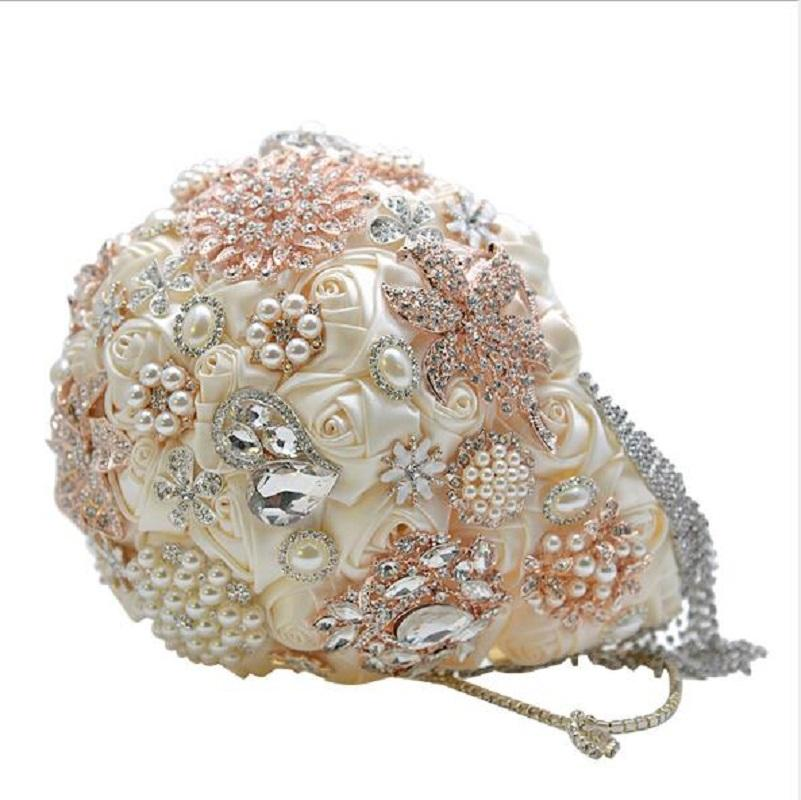 Kurdele ve elmas ile romantik düğün çiçek buketi lüks şerit ve kristal düğün çiçekleri gelinlik buketleri