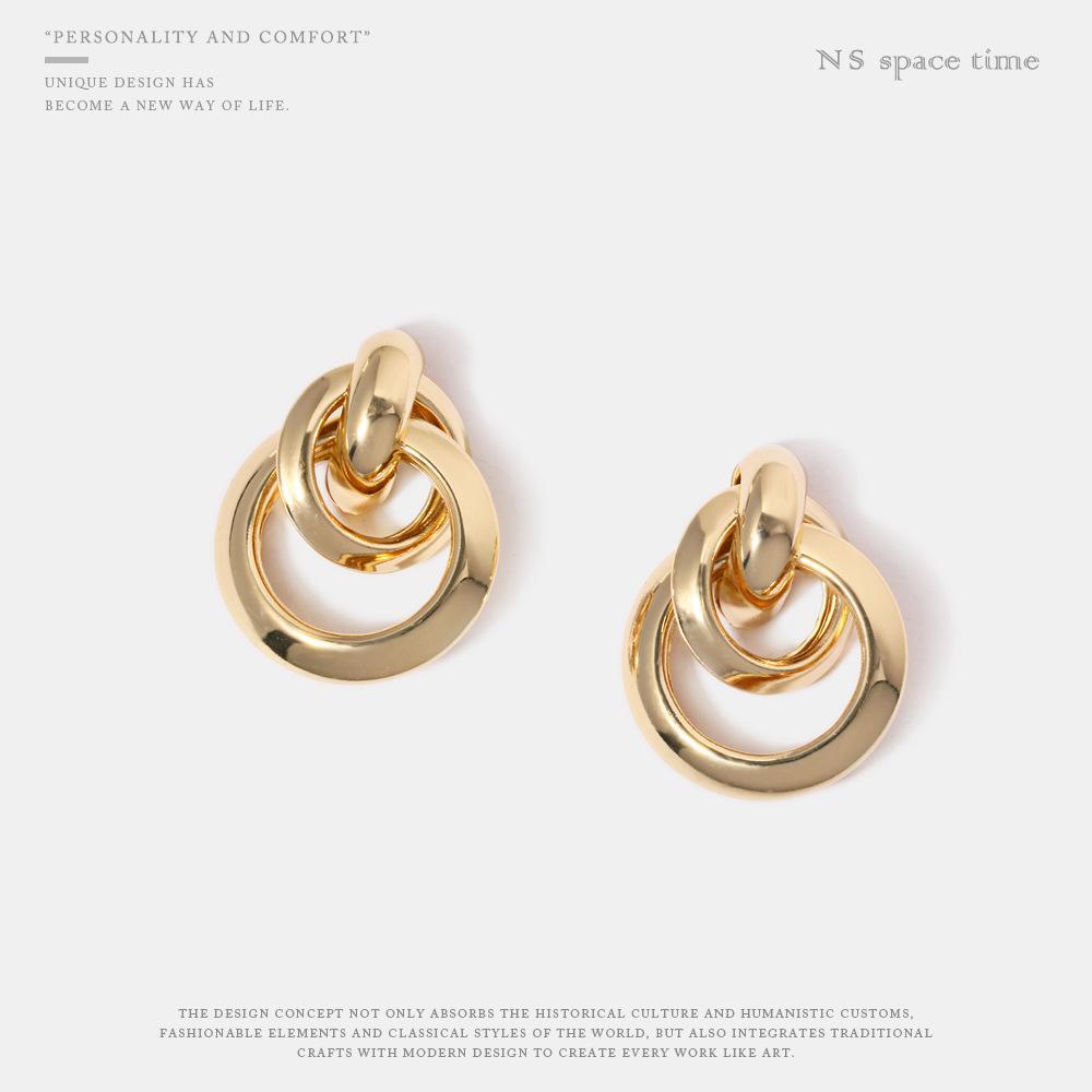 Japan and South Korea new earrings atmosphere metal personality simple ring buckle pierced earrings