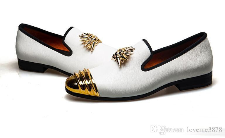 2019 Masculino erkekler elbise ayakkabı Mikrofiber Deri siyah loafer'lar zapatos hombre Balo Quinceanera erkekler Doug ayakkab ...