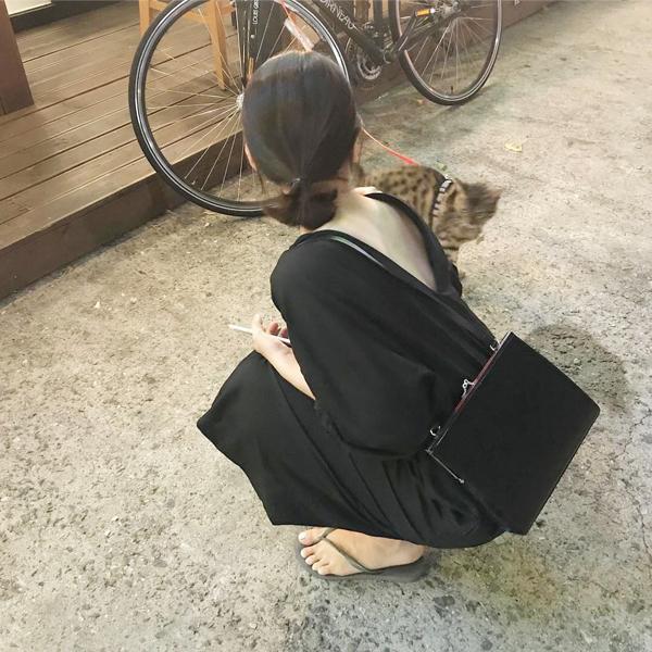 Sac noir Femmes 2019 Nouveau Sac à bandoulière Messenger coréens Simple Mode Rétro clip Tempérament Petite Place