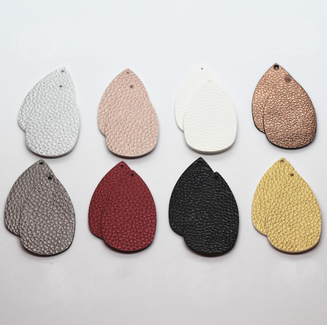 100pcs / lot Faux Boucles d'oreilles en cuir Charms accessoires 2020 pour le bricolage Earing Faire Teardrop solide Litchi romantique Connecteur de bijoux