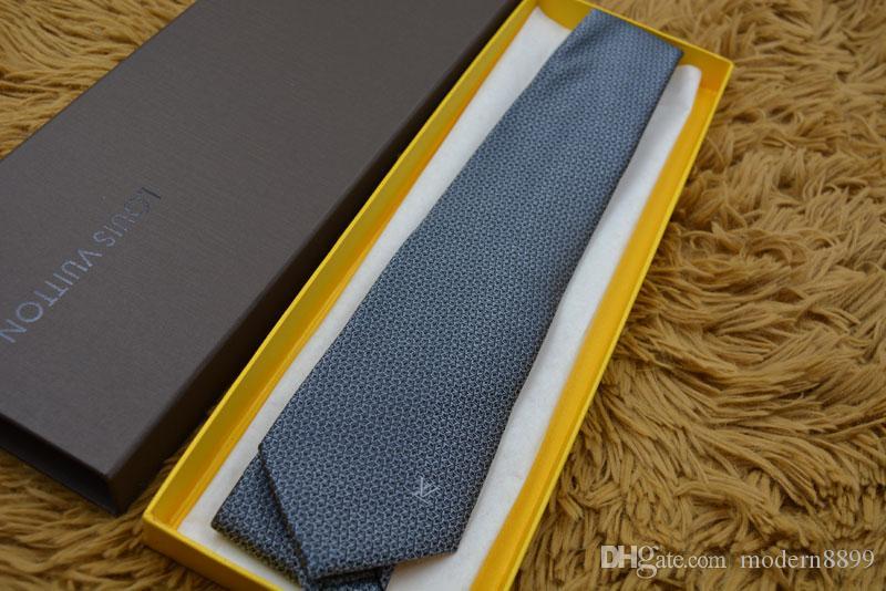 Nouvelle édition entreprise de cravate cravates en soie de haute qualité de marque de cravate de luxe cravate étroite boîte d'emballage d'origine vendeur à chaud de haute qualité 20 de style L8817