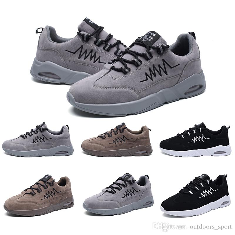 Lusso scarpe firmate Donne Uomini cuscini bianchi Marrone Nero Plaform scarpe di cuoio casual sportive scarpe da ginnastica di marca fatta in casa Made in China