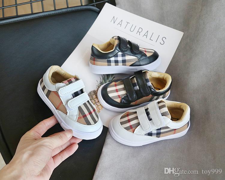 Yeni Kore versiyonu Renkli ızgara Boy moda Sneakers öğrenci hafif Kız rahat ayakkabı gelgit siyah beyaz kafes Noel bahar