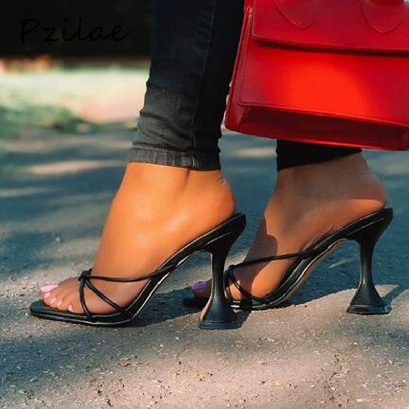 Pzilae verano flip flop nuevo diseño de los talones de los pies cuadrados de alta calidad PU zapatillas de cuero del gladiador de las mujeres de la sandalia de diapositivas zapatos negros
