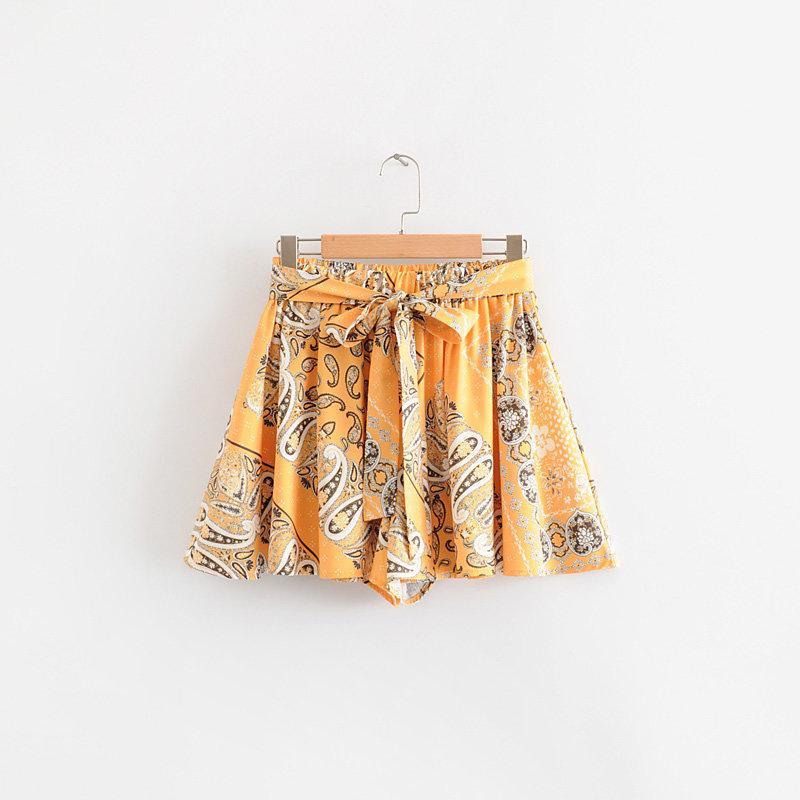 2019 Frauen Jahrgang Cashewnüssen Blumendruck faltete Rüschen Shorts Damen gebunden Schärpen Hosen beugen pantalones cortos P390