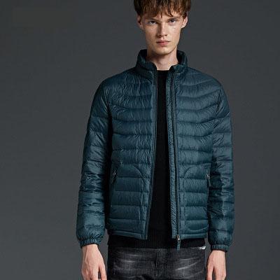 Mens Designer Giù cappotto 2019 Nuovo Casual Male solido di colore moda giacche Britihsh stile invernale Abbigliamento goffratura Uomini unisex Clothe