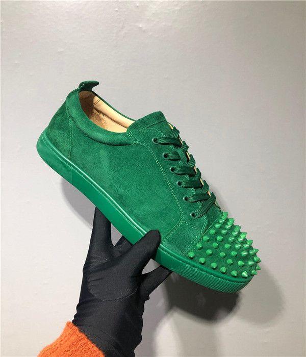 Nouvelle arrivée Spikes Homme Chaussures Femme Casual Sneaker Mode Rivets Low Cut Lace Up Party Chaussures de mariage Drop Shipping étoile cristal avec la boîte