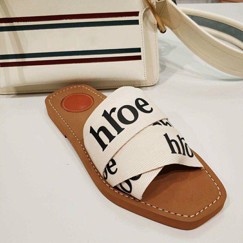 Verano Nueva Marca Mujer Moda Peep Toe Zapatillas Planas Al Aire Libre Letras Femeninas Zapatillas Elásticas Populares Ropa de Vacaciones Vacaciones Zapatillas Casuales