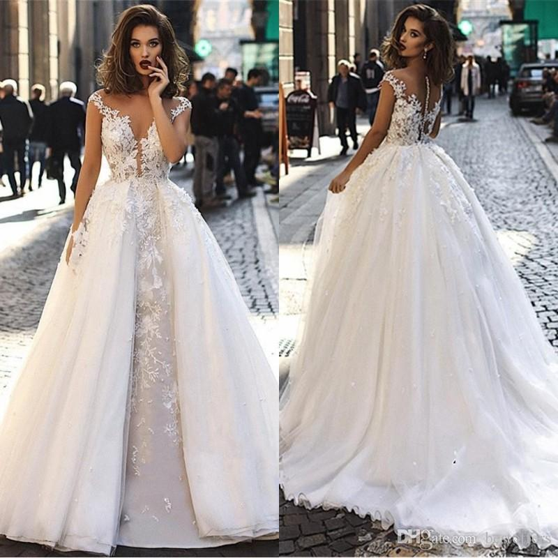2019 Cheap Vintage Cap Sleeve Lace Long Wedding Dresses A Line Tulle Lace Applique Sheer Back Bridal Gowns with Detachable Overskirts BC1129